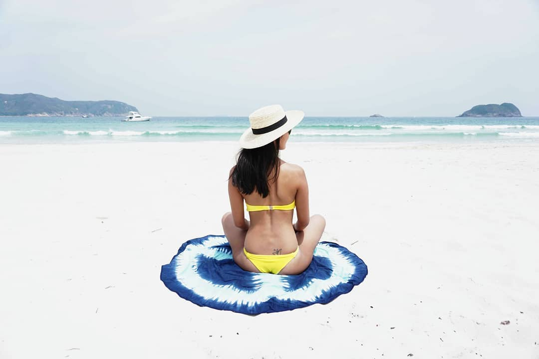 The Summer Guide: Get the Looks, Moves and Explore Hong Kong's Best Beaches & Junks, by our very own Beach Babe